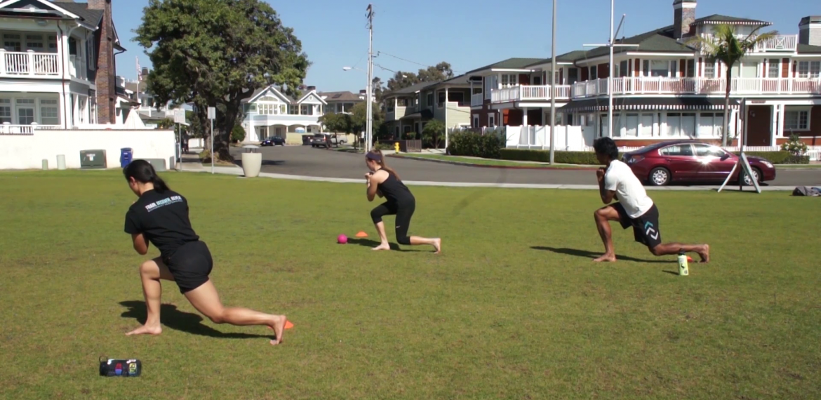 1-2 Kneel Pullback Split Squat Hold Field